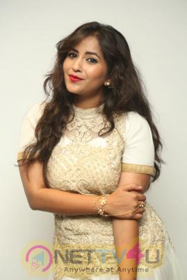 Telugu Actress Komali Good-looking Photos
