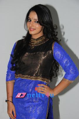telugu actress malavika menon cute photo gallery