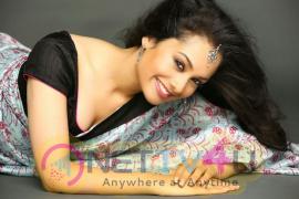 Actress Neha priya Hot Latest Stills