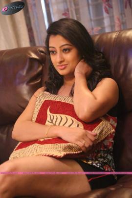 telugu actress nitya cute photo gallery