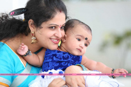 telugu actress raasi with her daughter stills