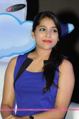 Telugu Actress Reshmi Goutham Latest Pics