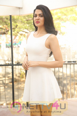 Telugu Actress Sakshi Chaudhary Latest Hot PhotoShoot Stills Telugu Gallery