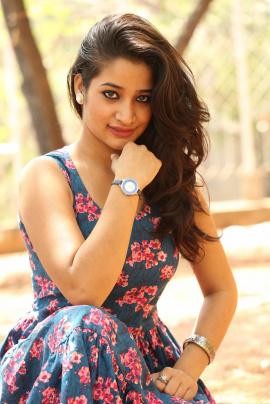 Telugu Actress Santoshi Sharma Hot Sexy Stills Telugu Gallery