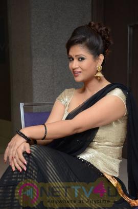 Telugu Actress Shilpa Chakravarthy Latest Stills