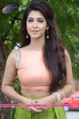 Telugu Actress Sonarika Bhadoria Latest Photo Gallery