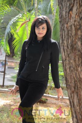 Telugu Film Photo Gallery Actress Tanuja Naidu