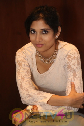 telugu heroine vanditha latest hot photos gallery