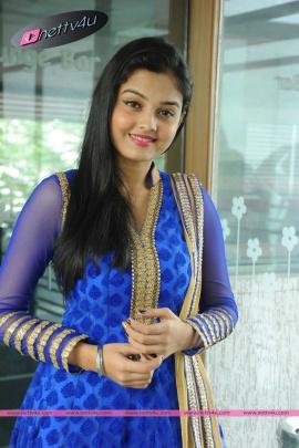telugu movie basthi heroine pragathi chourasiya latest photos