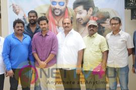 Telugu Movie Right Right Making Video Launch Stills Telugu Gallery