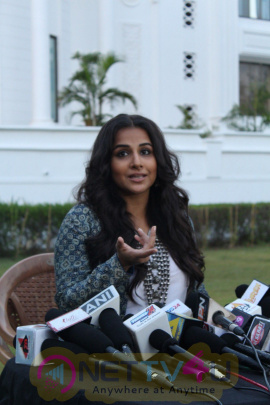 Vidya Balan Shoot Savdhaan India Promotion Episode For Movie Kahani 2 Photos Hindi Gallery