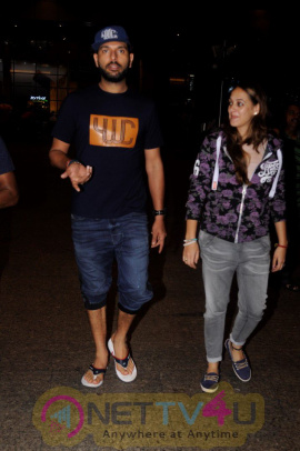 Yuvraj Singh Spotted At The Airport Stills Hindi Gallery