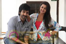 yagavarayinum naa kaakka tamil movie team meet stills 67