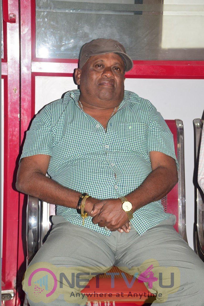 Arasakulam Team With Actor Senthil Stills