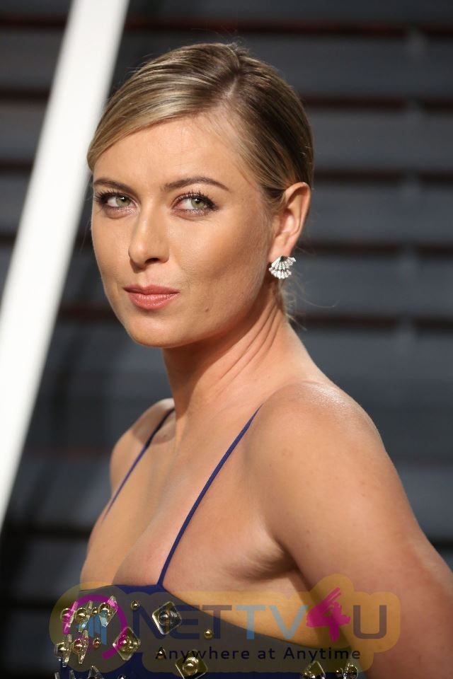 Tennis Star Maria Sharapova At Vanity Fair Oscar 2017 Photos English Gallery