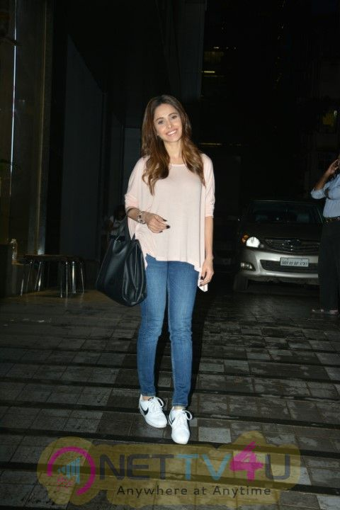 Nushrat Bharucha Went To Restaurant In Khar Images