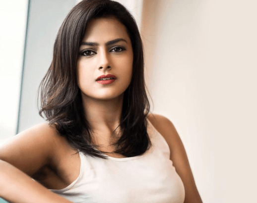 Shraddha Srinath Does The Role Of A Reporter In Richie