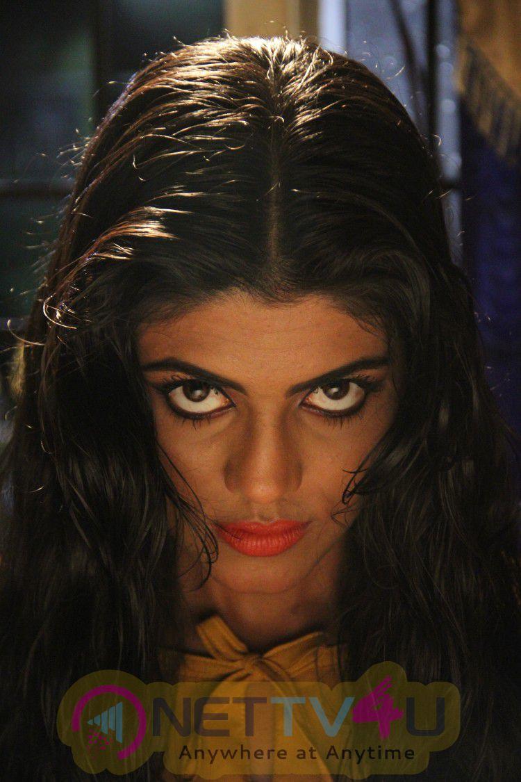 Sathuraadi 3500 Tamil Movie Latest Stills