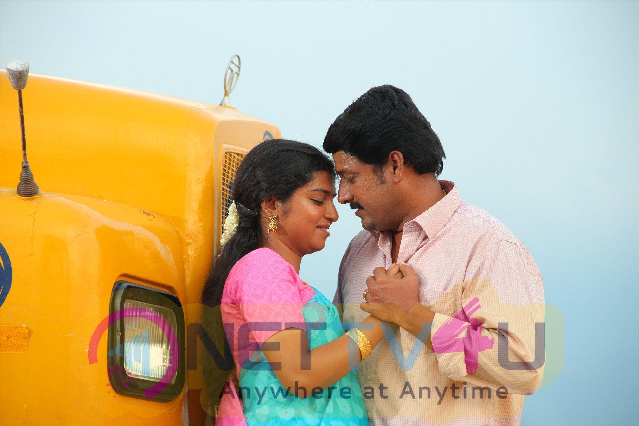 Oru Kidayin Karunai Manu Movie Stills
