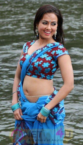 Actress Sana Khan Hot And Sexy Pics