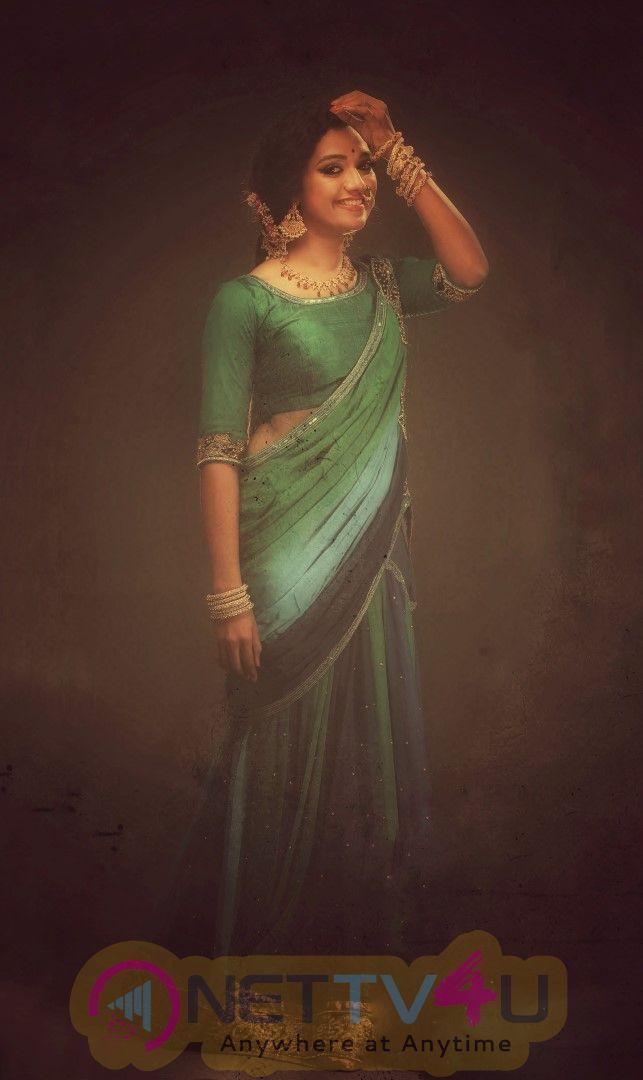 Actress Mareena Michael Kurisingal Angelic Pics Malayalam Gallery