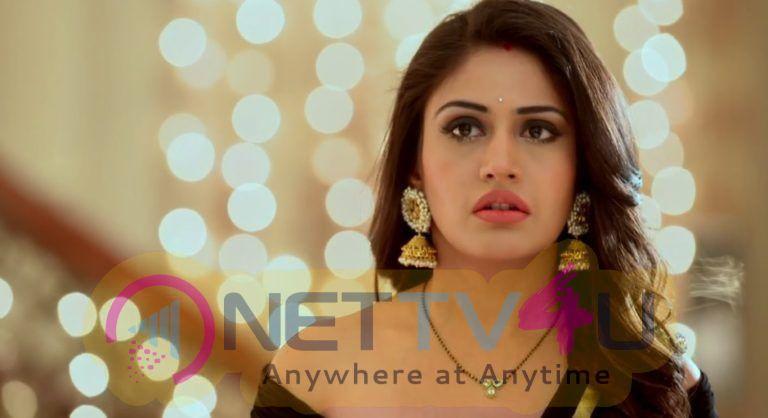 Actress Surbhi Chandna Good Looking Photos Hindi Gallery