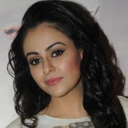 Ariana Ayam Hindi Actress