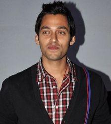 Sumit Vats Hindi Actor