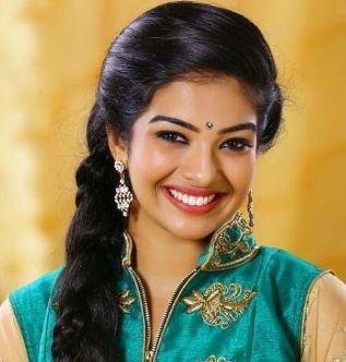 Monisha Arshak Tamil Actress