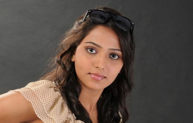 Sneghal Tamil Actress