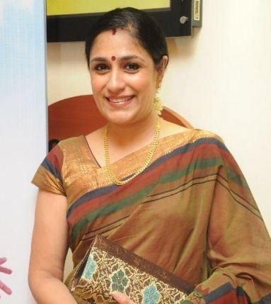 Uma Padmanabhan Supports Bigg Boss Aarav!