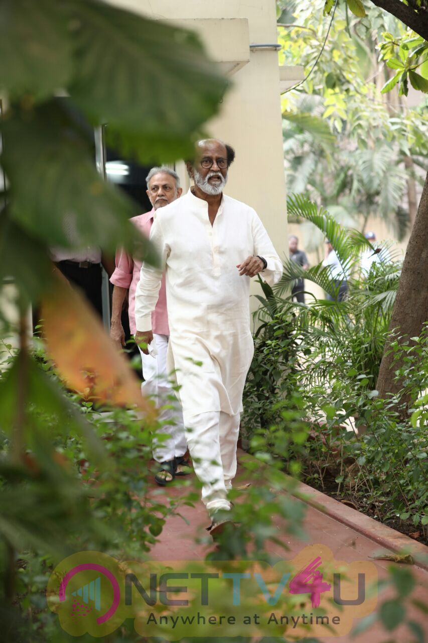 Superstar Rajinikanth's Fans Meet On Day 4 Stills Tamil Gallery