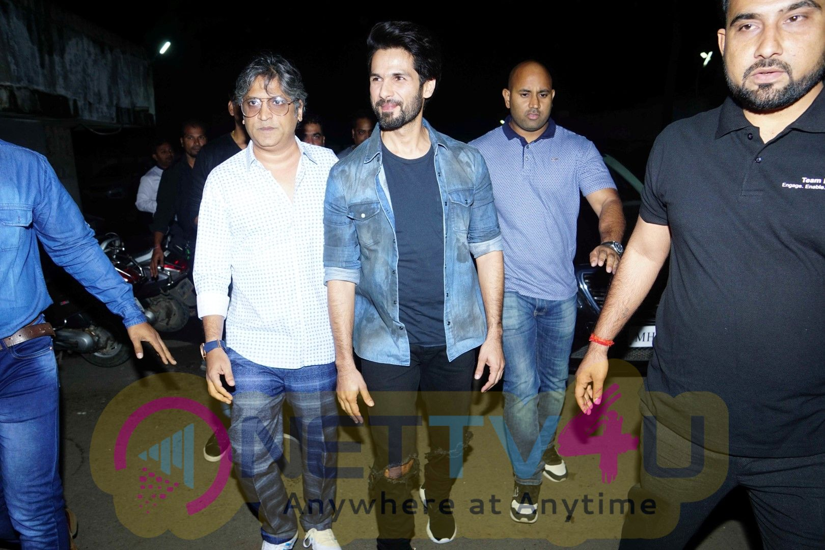 Shahid Kapoor Surprised Padmaavat's Audience In Chandan Cinema Photos