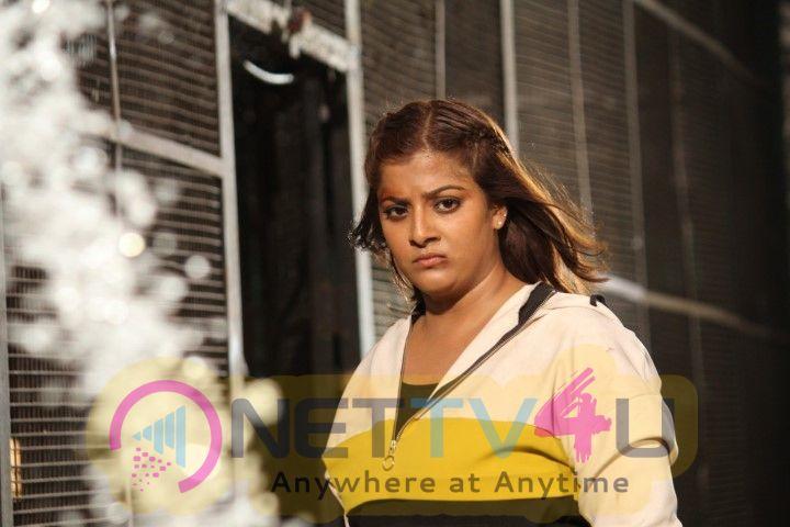 Kannitheevu Movie Working Stills
