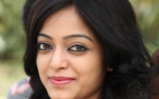 Actress Janani Concentrates On Modeling As Movie Chances Dwindle