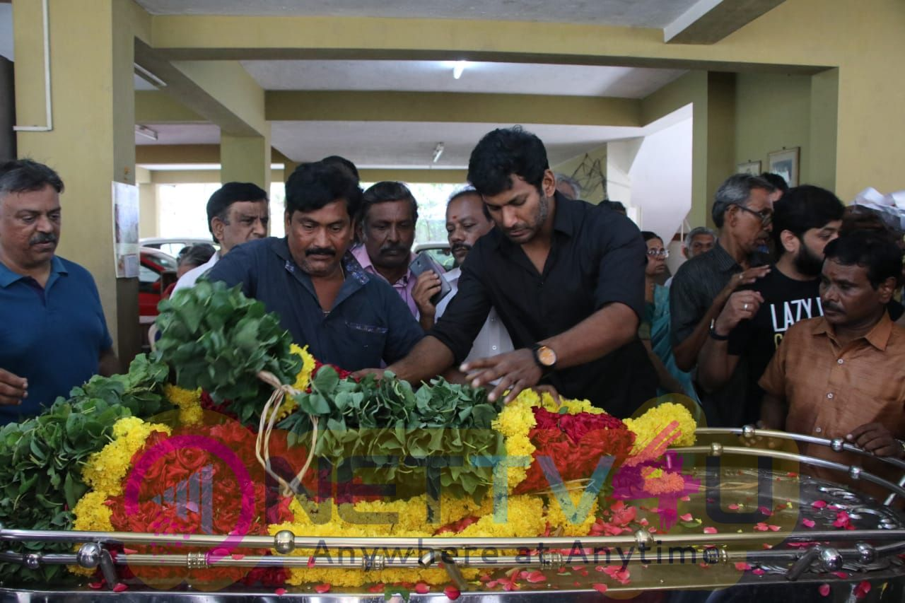 Celebrities Pay Final Respect To Veteran Producer Muktha Srinivasan Pics