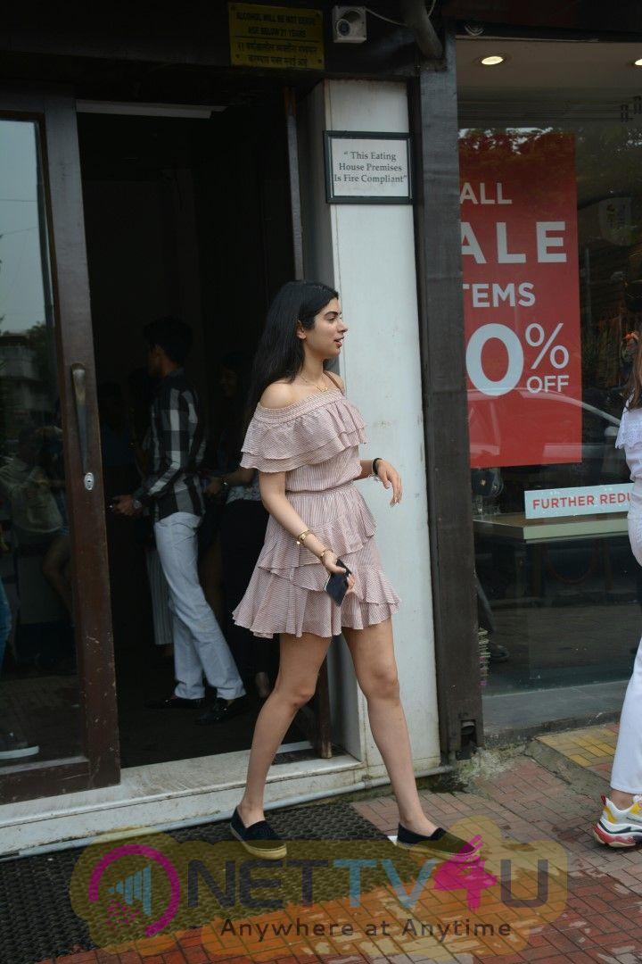 Khushi Kapoor Spotted At Bastian In Bandra Stills