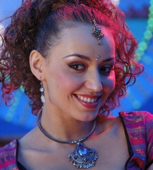 Erina Hindi Actress