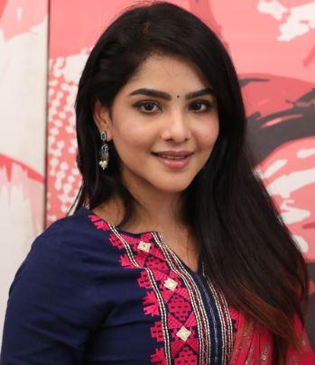 Pavithra Lakshmi Tamil Actress