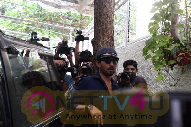 Irrfan Khan Spotted Sunny Super Pics Hindi Gallery