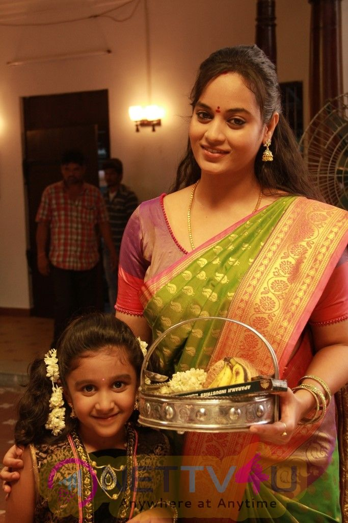 Munnodi Tamil Movie Excellent Stills