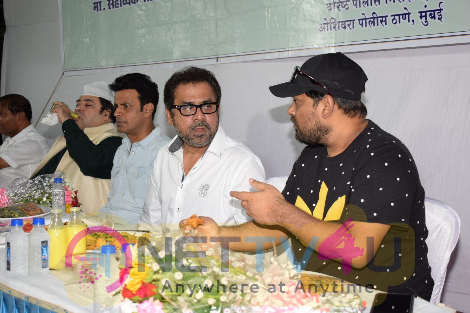 Subhash Khanvilkar From Oshiwara Police Station Hindi Gallery