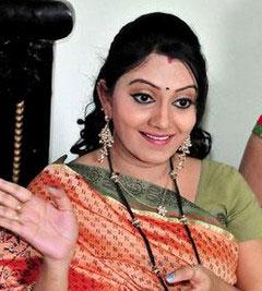 Naveena Yata