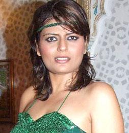 Hindi Movie Actress Priya Arya Nettv4u