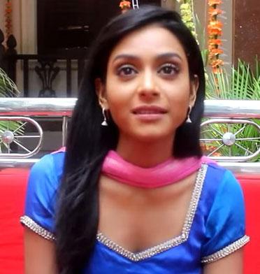 Rachana Parulkar Hindi Actress