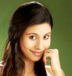 Aadin Kannada Actress