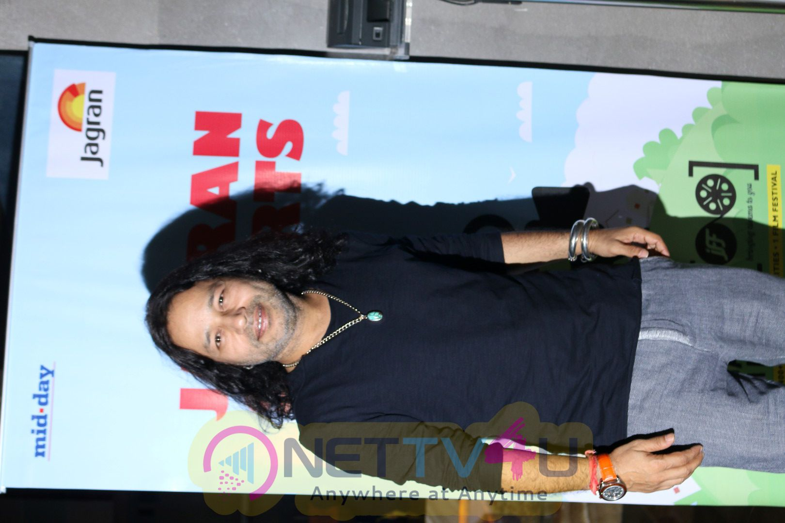 Aarti Chhabria & Kailash Kher At Screening Of Short Film Mumbai Varanasi Express Stills