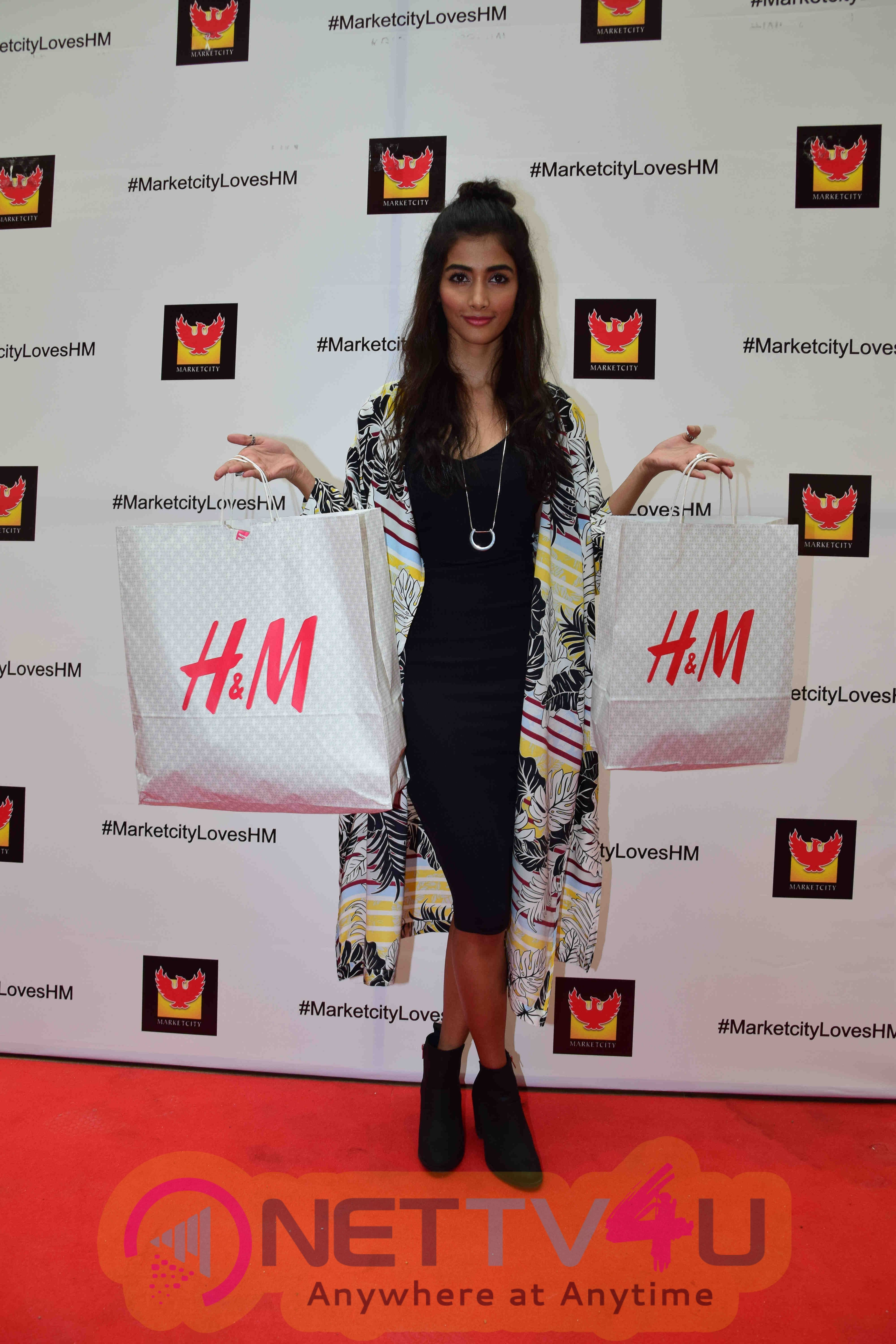 Actress Pooja Hedge Shopping In H&M Store In Phoenix Market City Stills