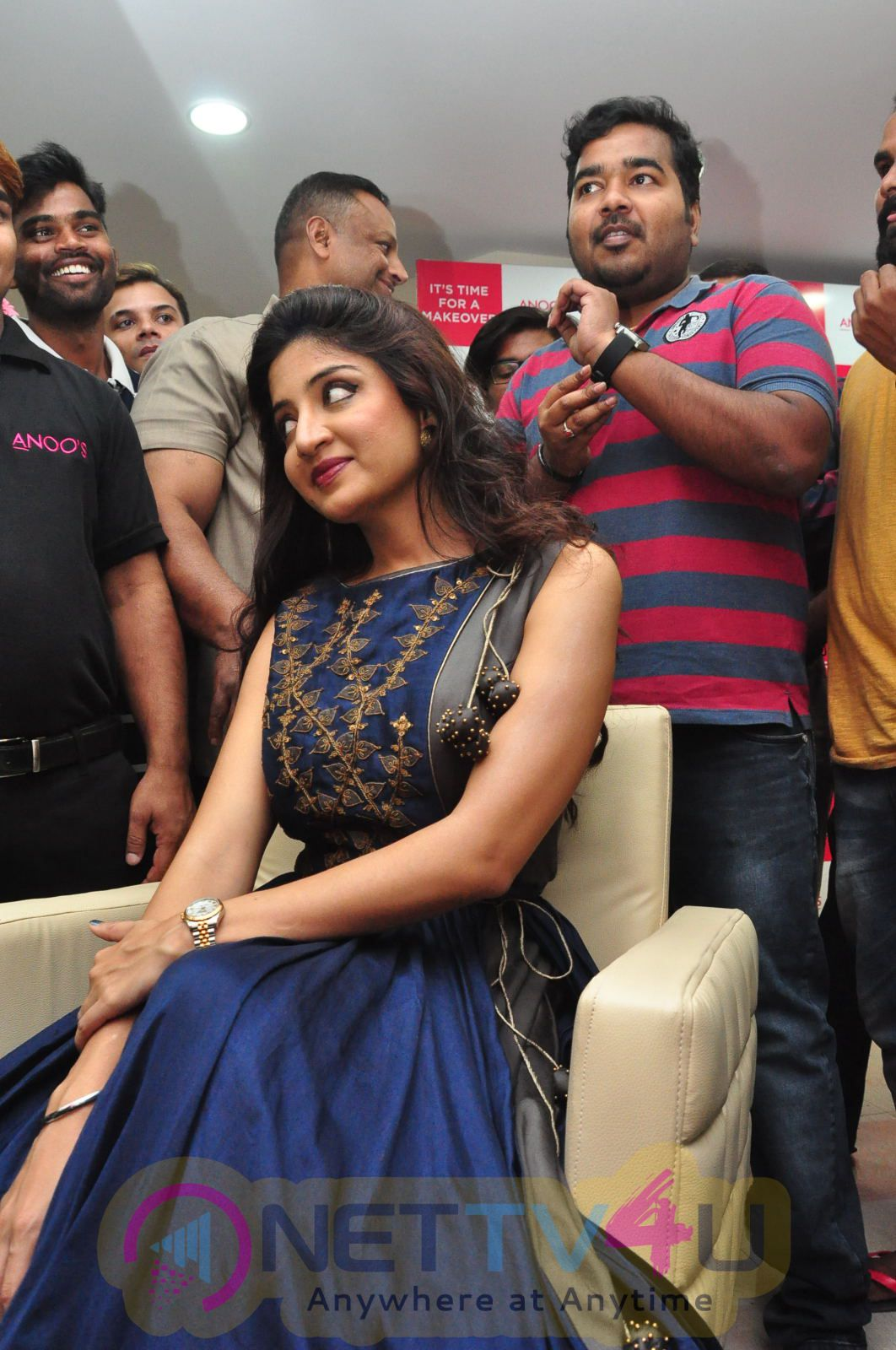 Actress Poonam Kaur Launches Anoos Franchise Salon And Clinic At Vanasthalipuram