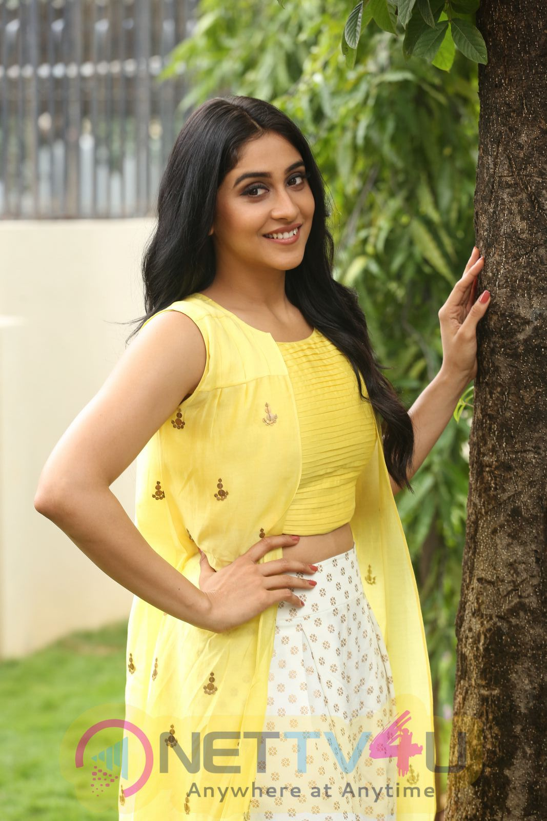 Actress Regina Cassandra Pretty Stills At Jyo Achyutananda Movie Sucess Meet